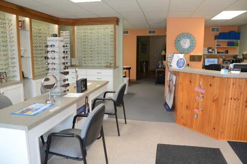 Reid Eye Care 05-1